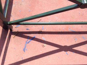 Peinture Bleue Grattée Pour être Remplacée Par De La Peinture Verte